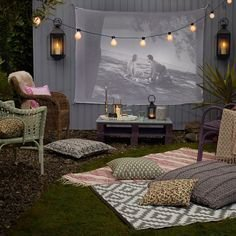 Chic Outdoor Home Theaters Design Ideas To Have Asap25