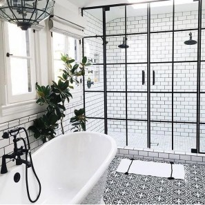 Stunning Black Bathroom Shower Design Ideas That You Need To Copy10