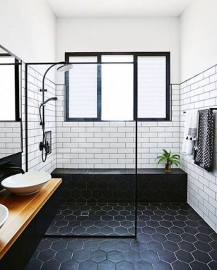 Stunning Black Bathroom Shower Design Ideas That You Need To Copy15