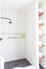 Stunning Black Bathroom Shower Design Ideas That You Need To Copy17