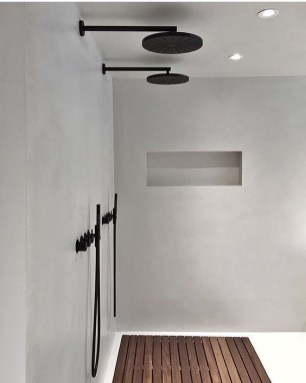 Stunning Black Bathroom Shower Design Ideas That You Need To Copy18