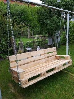 Unordinary Wooden Pallet Furniture Ideas That Is Easy For You To Make13
