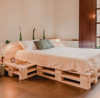Unordinary Wooden Pallet Furniture Ideas That Is Easy For You To Make15