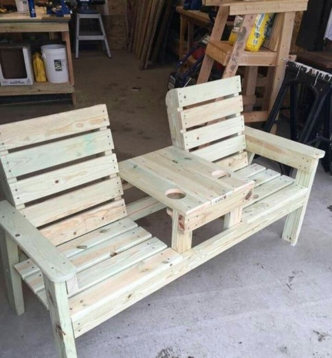 Unordinary Wooden Pallet Furniture Ideas That Is Easy For You To Make20