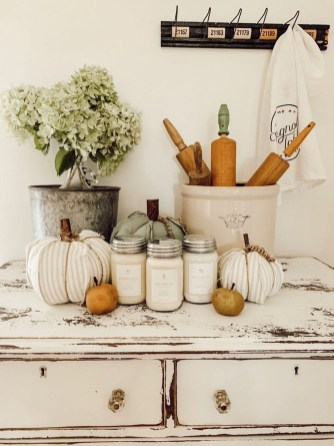 Affordable Fall Home Design Ideas On Budget 36
