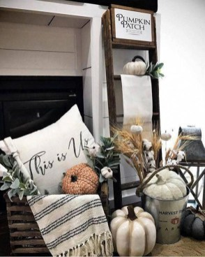 Amazing Diy Fall Farmhouse Decorating Ideas That You Need To Try 18