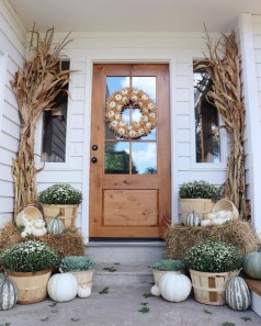 Amazing Diy Fall Farmhouse Decorating Ideas That You Need To Try 21