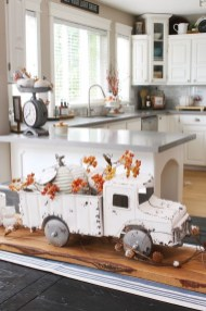 Amazing Diy Fall Farmhouse Decorating Ideas That You Need To Try 40