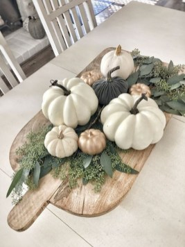 Amazing Diy Fall Farmhouse Decorating Ideas That You Need To Try 42