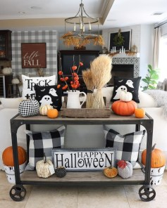 Amazing Diy Fall Farmhouse Decorating Ideas That You Need To Try 45