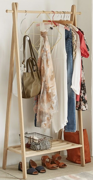 Awesome Diy Small Bedroom Design Ideas With Close Clothing Rack 12