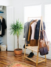 Awesome Diy Small Bedroom Design Ideas With Close Clothing Rack 27