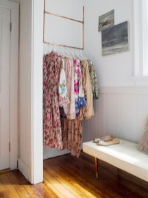 Awesome Diy Small Bedroom Design Ideas With Close Clothing Rack 47