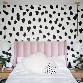 Best Bedroom Wallpaper Decor Ideas That Suitable For Your Family 33
