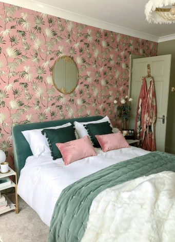 Best Bedroom Wallpaper Decor Ideas That Suitable For Your Family 48