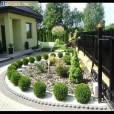 Enchanting Living Fences Design Ideas That Suitable For Your Yard 40