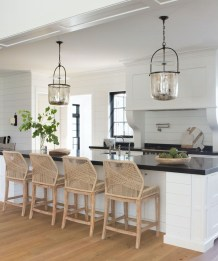 Top White Kitchen Cabinetry Design Ideas That Looks More Modern 01