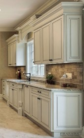 Top White Kitchen Cabinetry Design Ideas That Looks More Modern 12