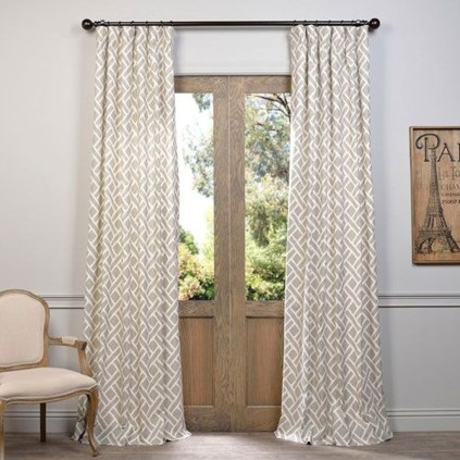 Wonderful Farmhouse Curtains Decor Ideas For Living Room To Try Asap 08