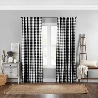 Wonderful Farmhouse Curtains Decor Ideas For Living Room To Try Asap 11