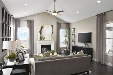 Amazing Small Living Room With Vaulted Ceiling 21