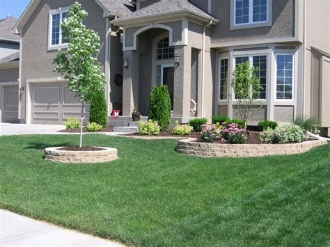 Brilliant Front Yard Corner Lot Landscaping Ideas 44