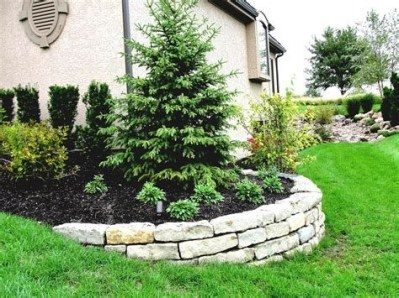 Lovely Retaining Wall Ideas For Sloped Front Yard 08