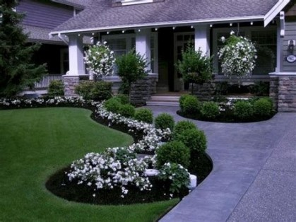 Stunning Front Yard Landscaping Ideas On A Budget 07