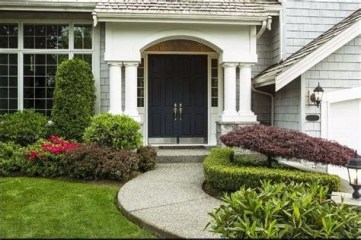 Stunning Front Yard Landscaping Ideas On A Budget 23