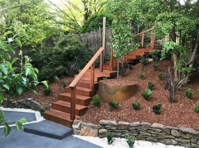 Totally Cute Sloped Backyard Landscaping Ideas 08