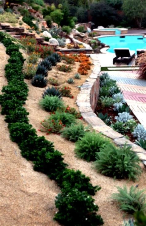 Totally Cute Sloped Backyard Landscaping Ideas 24