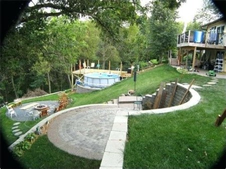 Totally Cute Sloped Backyard Landscaping Ideas 30