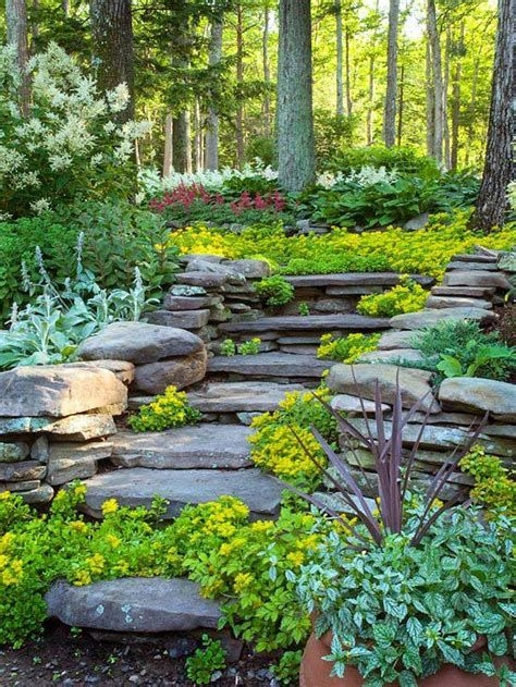 Totally Cute Sloped Backyard Landscaping Ideas 35
