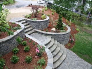 Totally Cute Sloped Backyard Landscaping Ideas 37