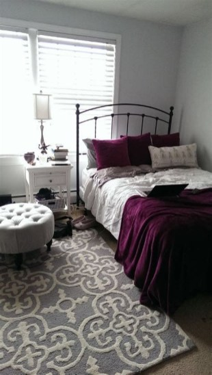 Awesome Burgundy And Grey Bedroom Ideas 35