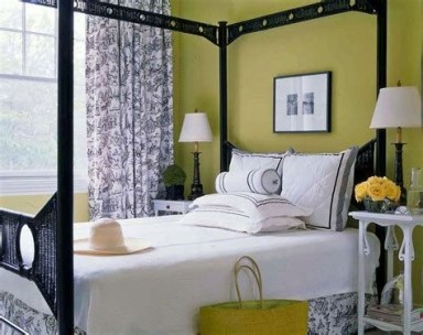 Creative Sage Green Accent Wall Bedroom Ideas 04