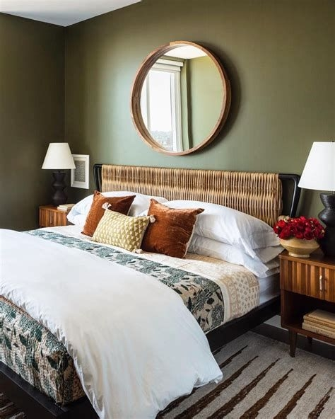 Creative Sage Green Accent Wall Bedroom Ideas 12