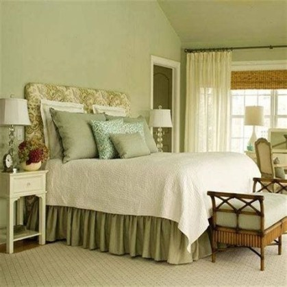 Creative Sage Green Accent Wall Bedroom Ideas 35