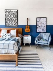 Lovely Two Tone Bedroom Paint Ideas 22