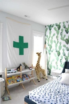 Lovely Two Tone Bedroom Paint Ideas 26