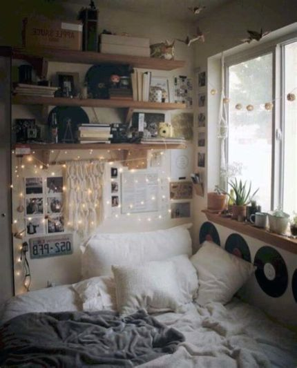 Adorable Aesthetic Room Ideas For Small Rooms 18