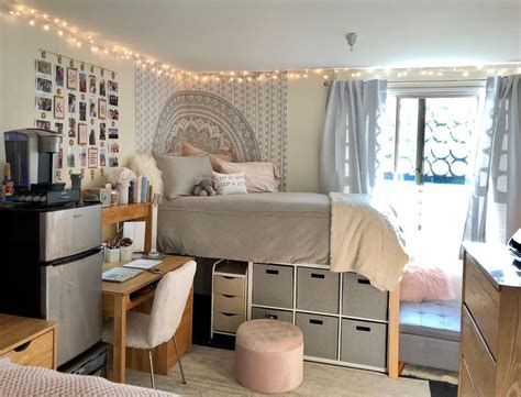 Adorable Aesthetic Room Ideas For Small Rooms 19