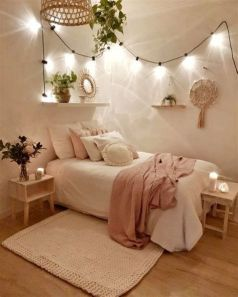 Adorable Aesthetic Room Ideas For Small Rooms 35