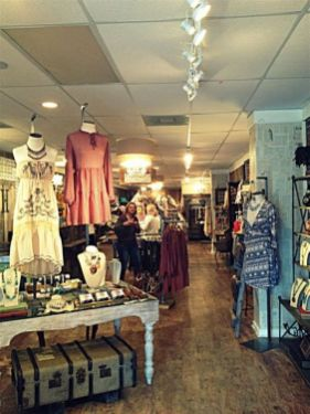 Beautiful Very Small Boutique Design 10