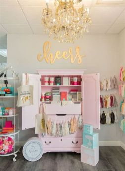 Beautiful Very Small Boutique Design 31