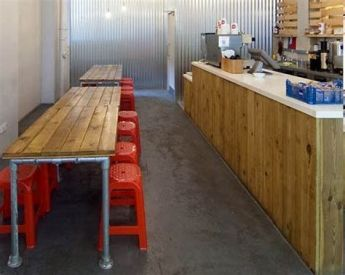 Lovely Low Budget Small Restaurant Design Ideas 22