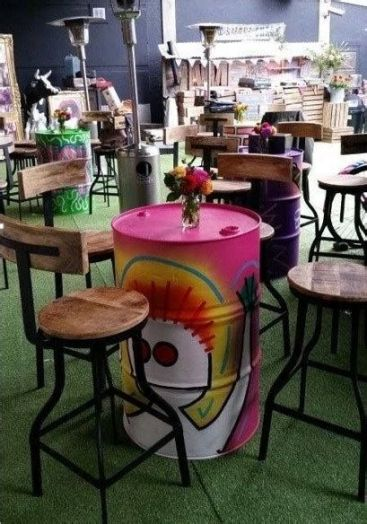 Lovely Low Budget Small Restaurant Design Ideas 30