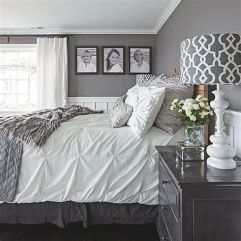 Awesome Grey And White Bedroom Ideas 35