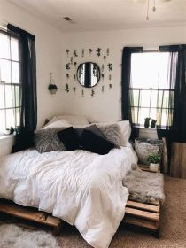 Totally Cute Black And White Room Aesthetic Ideas 20