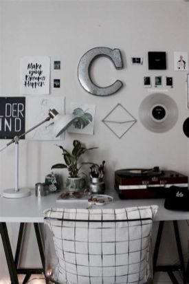 Totally Cute Black And White Room Aesthetic Ideas 26